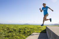 Czy osoby aktywnie fizycznie powinny przyjmować suplementy?